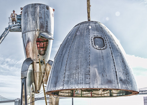 """Raygun Gothic Rocketship"" Comes Down"
