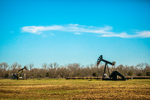 sky usa industry rural photography march countryside us photo energy pumps texas photographer unitedstates image tx unitedstatesofamerica country bluesky wells 100mm gas well photograph srp oil 100 february f28 noddingdonkey oilwells oilwell pumpjack sealy reciprocating pumpingunit 2013 beampump jackpump thirstybird gaswells austincounty grasshopperpump horseheadpump ¹⁄₈₀₀₀sec eos5dmarkiii ef100mmf28lmacroisusm suckerrodpump mabrycampbell march32013 overgrounddrive reciprocatingpistonpump 201303030h6a0876