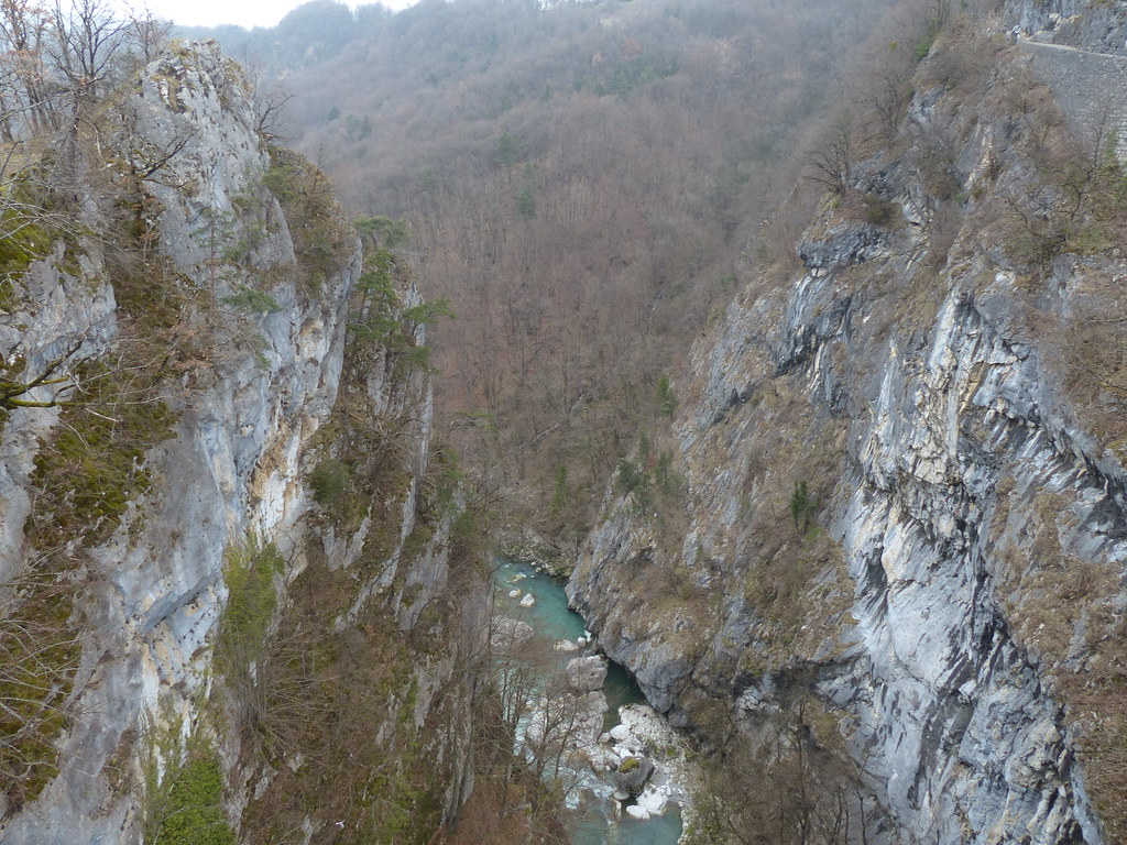 Looking down from the Pont de l'Abime
