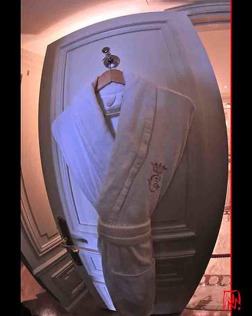 Hôtel de Crillon : votre sortie de bain ?