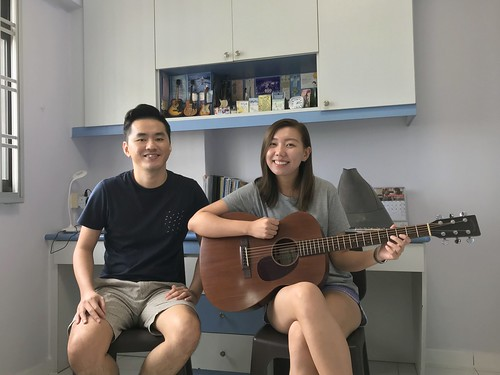 Private guitar lessons Singapore Alexis Hsu