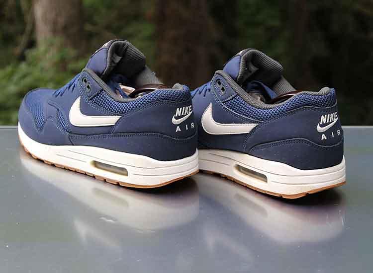 Nike Air Max 1 Essential Midnight Navy White Gum 537383-40…   Flickr