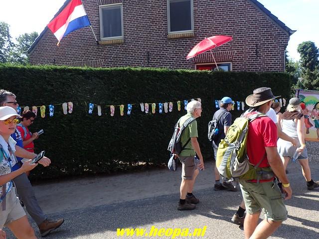 2018-07-20     4e dag Nijmeegse   4 daagse (64)