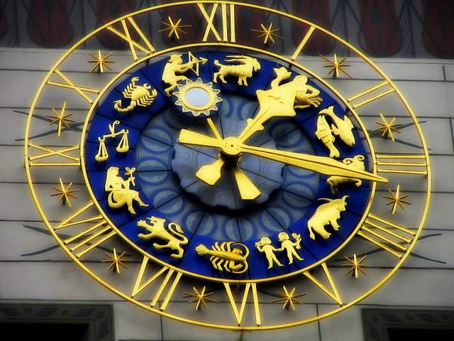 Zodiac's Clock