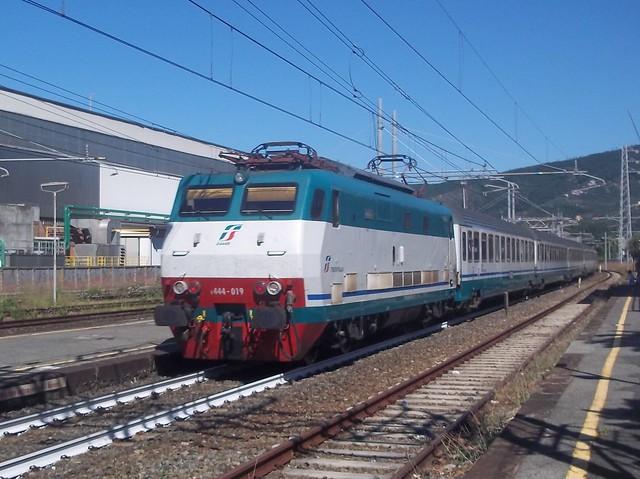 E444R 019