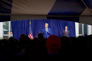 Secretary Kerry Addresses Staffers From U.S. Embassy Abuja and Their Family Members