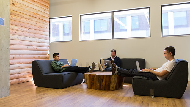 Hootsuite Office - Workspace