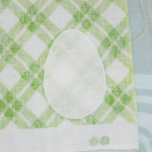 Easy Easter Egg Napkins | by katbaro