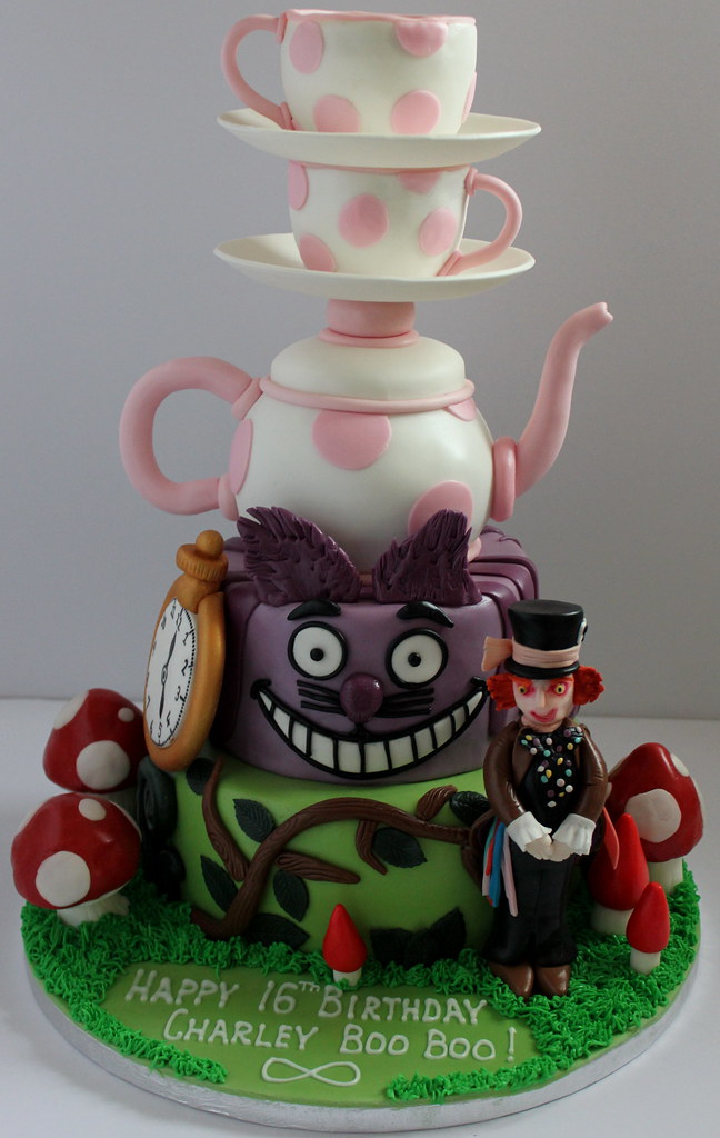 Incredible Alice In Wonderland Birthday Cake Pauls Creative Cakes Personalised Birthday Cards Cominlily Jamesorg