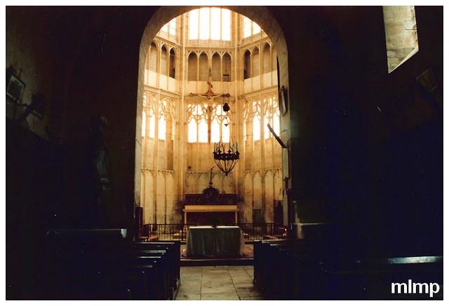 l'intérieur de l'église de St Thibault
