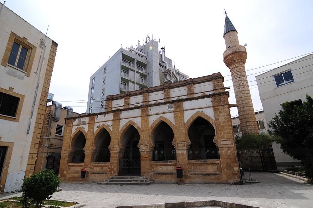 Sarayönü Camii - Lefkoşa   Sarayönü Camii - Lefkoşa Lefkoşa …   Flickr