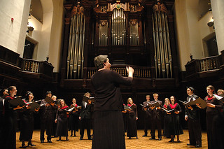 The Pomona College Choir performing at the 2006 Alumni Weekend.