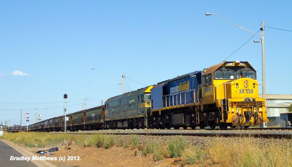 XR559-G520 on PN SG Grain to Western District at Nth Geelong (6/4/2013) by Bradley Matthews