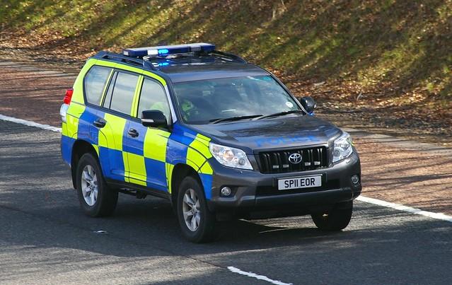 TOYOTA Land Cruiser - POLICE Scotland