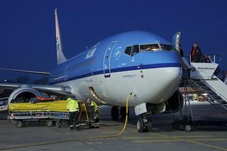 KLM Boeing 737-800; PH-BXB@TXL;15.04.2013/705ad | by Aero Icarus