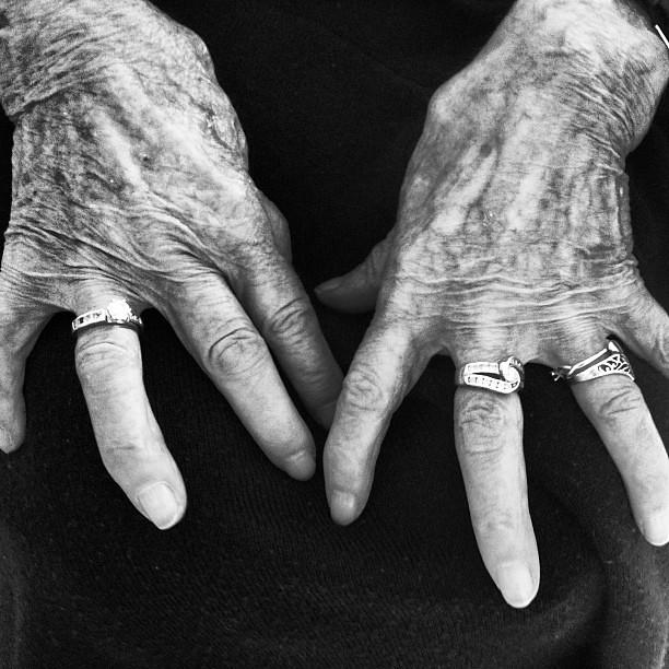 « La vieillesse peut devenir une parure, sans être une abdication. »