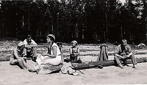 På tømmerstokken: Maria Quisling og Vidkun.