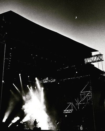 Stereophonics  #concert #music #live #Festival #play #fun #guitar #lights #blackandwhite #bw #biancoenero #black #moon #photography #Photo #photooftheday #picoftheday #igers #night #Sunset #likesforfollow #follow #followme #idays #monza #stereophonics #st | by Mario De Carli