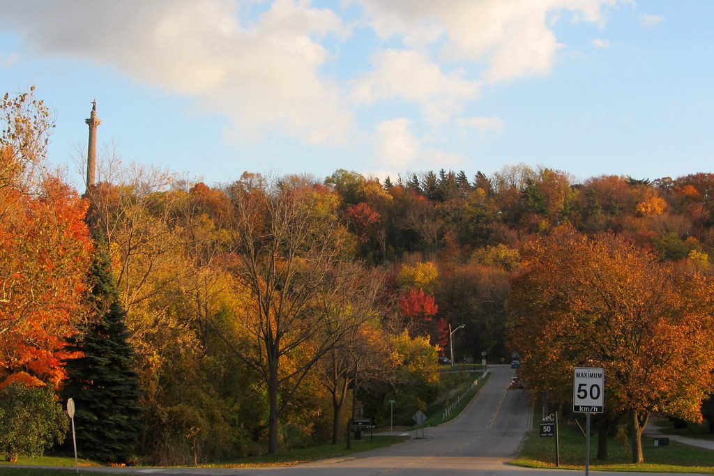 Fall Foliage in Niagara | Niagara Parkway
