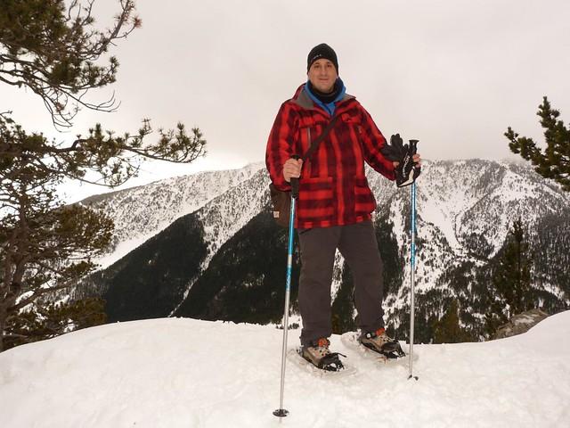 Sele con raquetas de nieve en Andorra