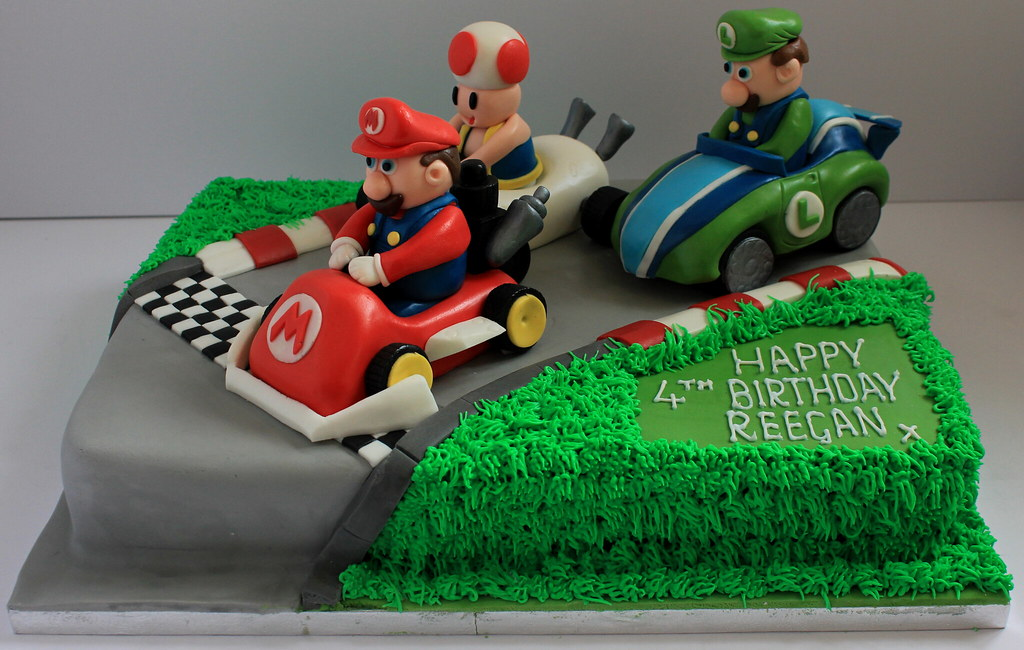 Wondrous Mario Kart Birthday Cake Pauls Creative Cakes Flickr Personalised Birthday Cards Sponlily Jamesorg