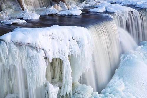 ottawa waterfalls rideaufalls rideauriver frozenfalls