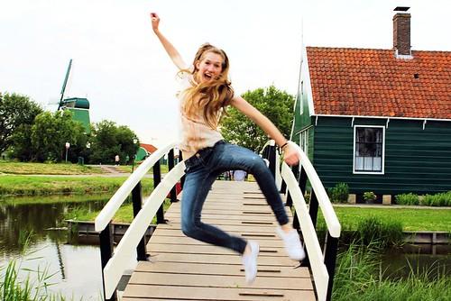 Tessa heel clicking on bridge_8768   by FeistyTortilla