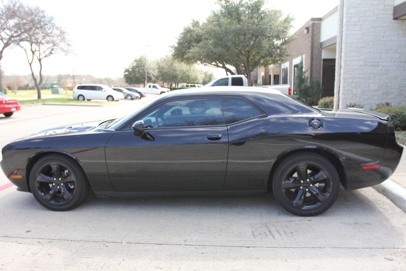 Speed Shield Dodge Challenger, black 2013, Photosync all w
