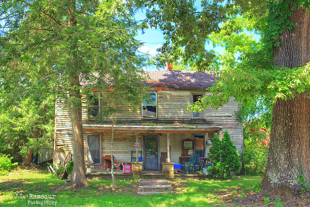 Abandoned Home - Mayland, Tennessee