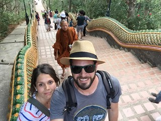 Laura y Gabi (Tailandia)   by Plavel Tours