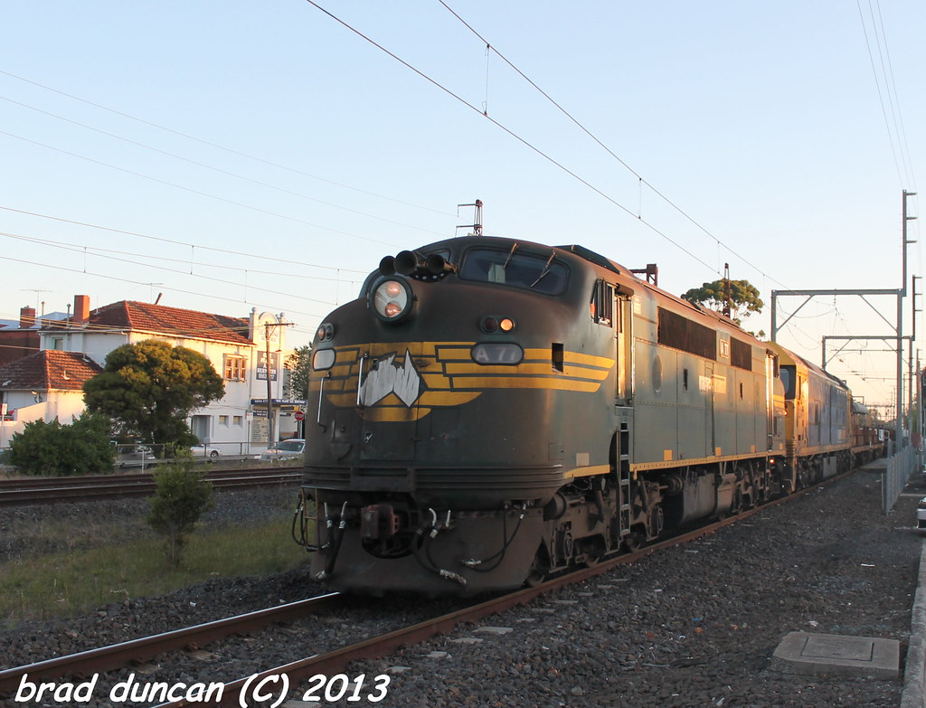 A77 & BL34 by Hitachi 300M