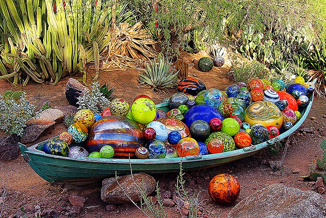 Dale Chihuly Canoe