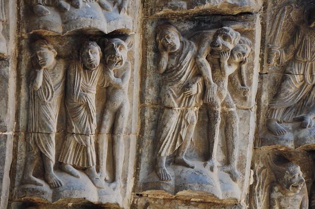 236 - Detalle Portada Juicio - Escenas del mal - Catedral Santa María - Tudela (Navarra) - Spain.