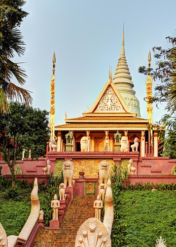 temple shrine cambodia buddha buddhist hill phnompenh wat