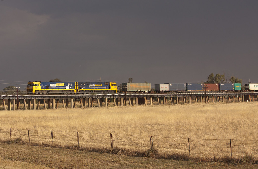 5MS4 at North Wagga by LC501