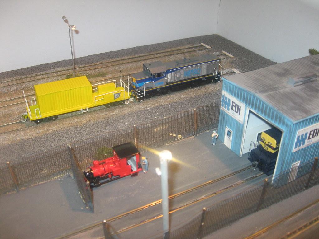 Dewsbury Metro T by Coolibah Rail
