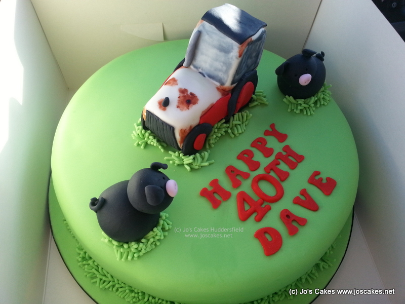 Pleasing David Brown Tractor And Black Pigs 40Th Birthday Cake Flickr Funny Birthday Cards Online Fluifree Goldxyz