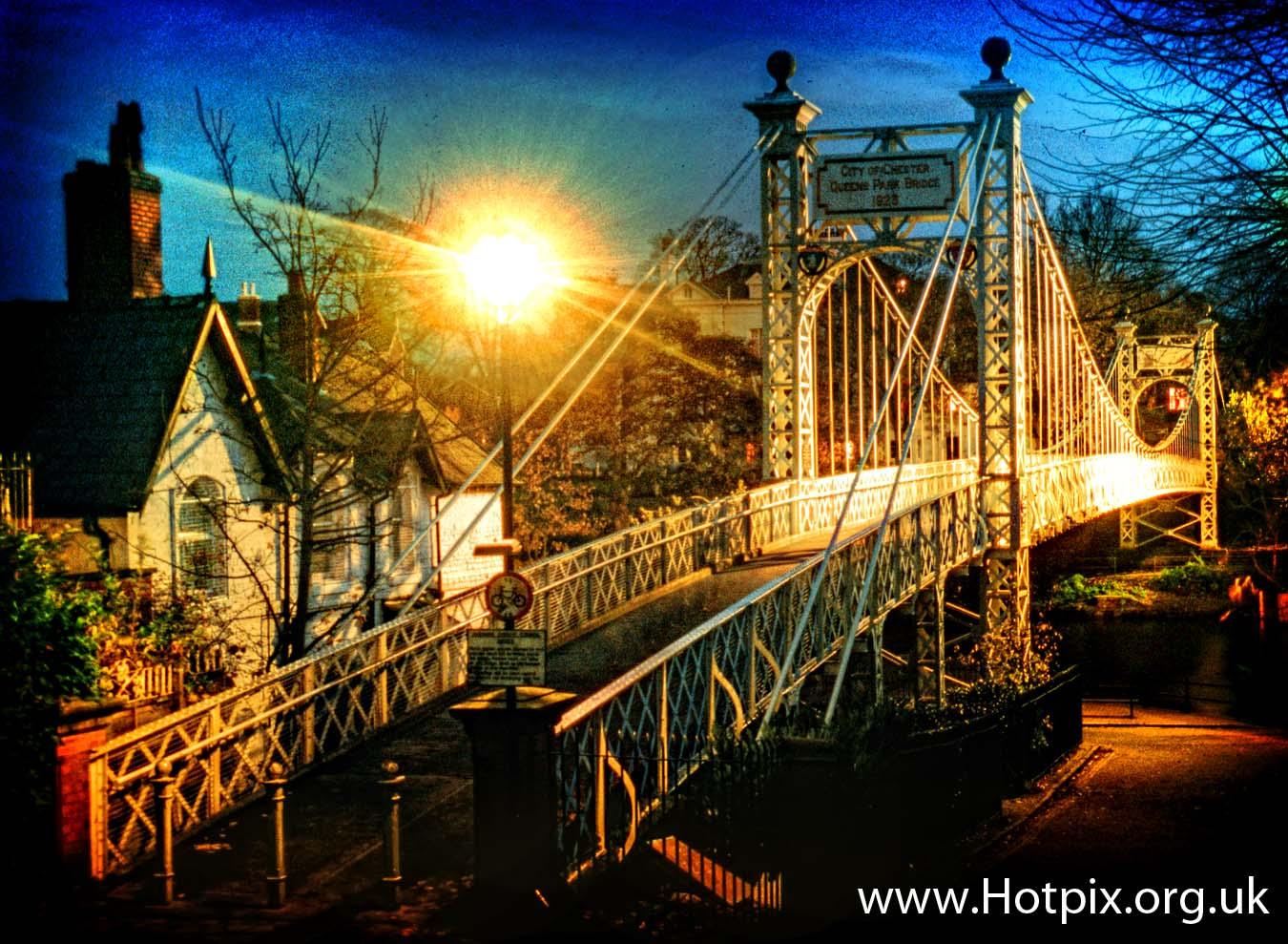 Chester,Cheshire,queenspark,queens,park,bridge,bbridge,foot,footbridge,cast,iron,steel,pedestrian,over,river,Dee,England,UK,GB,dusk,night,shot,blue,hour,bluehour,tonysmiththathousing,tonysmiththatithousing