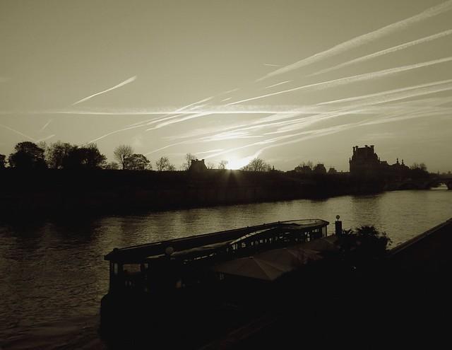 la ville, le fleuve et les nuages (7)
