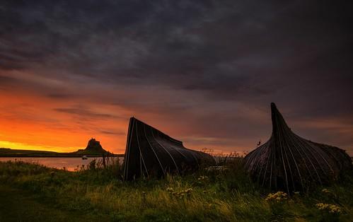dawn sunrise lidisfarne holyisland northumberland northeast harbour coastal moody lindisfarnecastle castle religion nikond7000 nikon18105mm