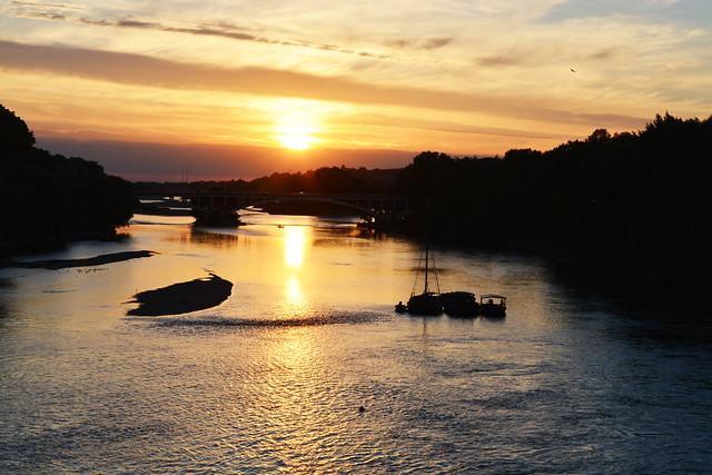 La Loire dans le noir