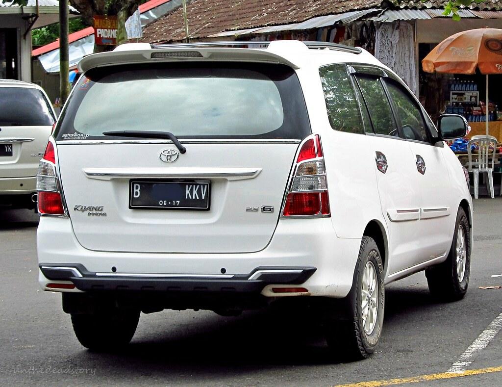 Kelebihan Kekurangan Toyota Kijang Innova Harga
