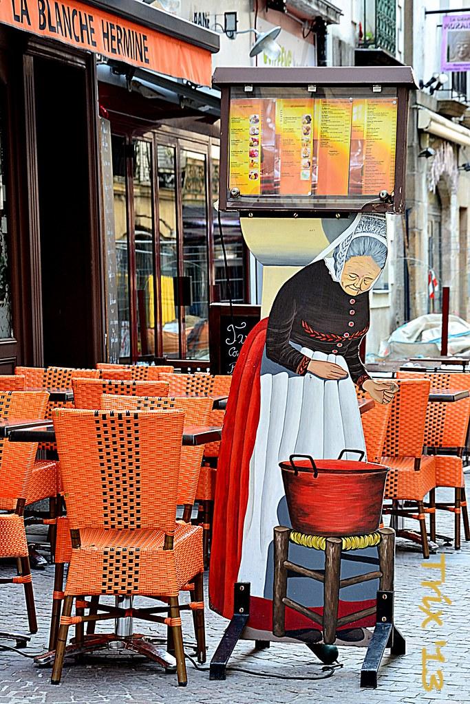 Une blanche hermine à Nantes