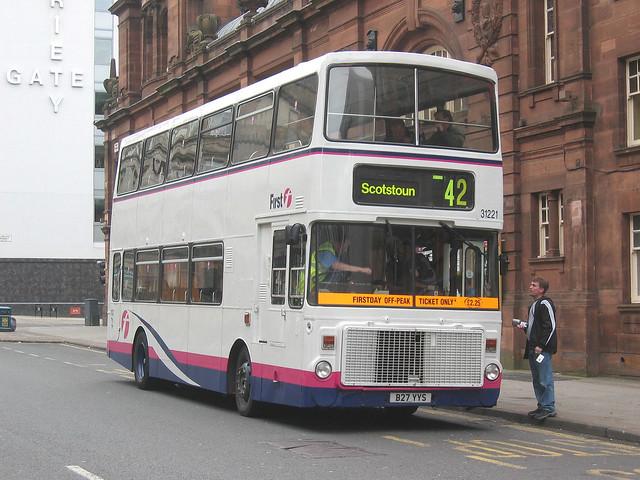 First Glasgow 31221 (B27YYS)