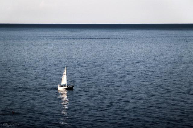 Cinquanta sfumature di blu - Mar Ligure (Italy)