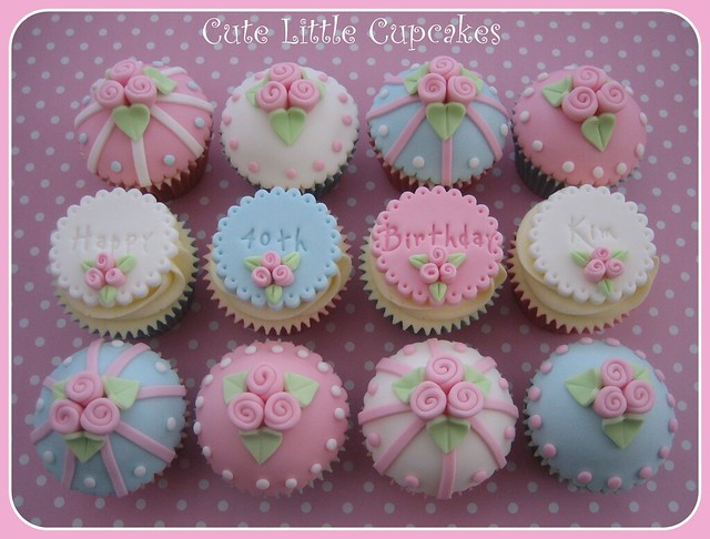Vintage 40th Birthday Cupcakes