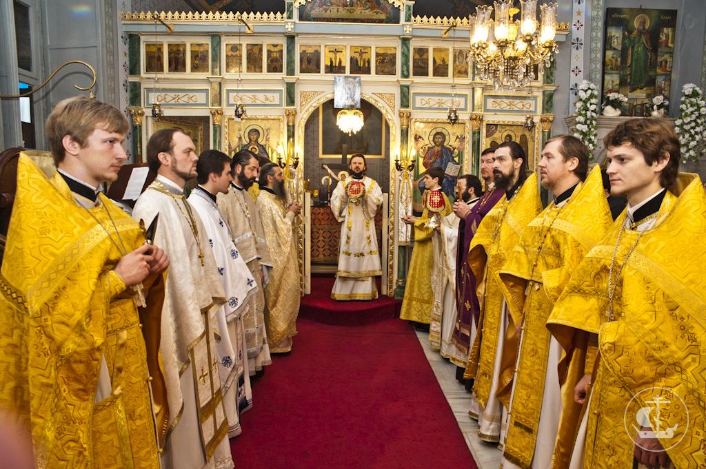 14 апреля 2013, Божественная Литургия во Влахернском храме