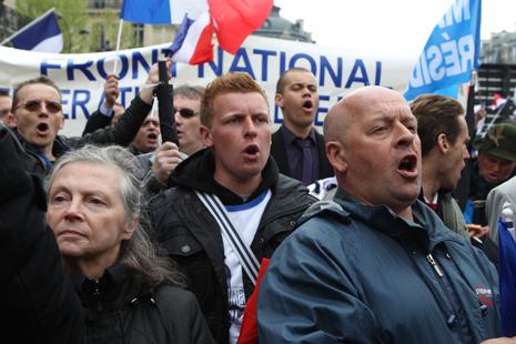 13e01 Marine Le Pen 003 Uti 465