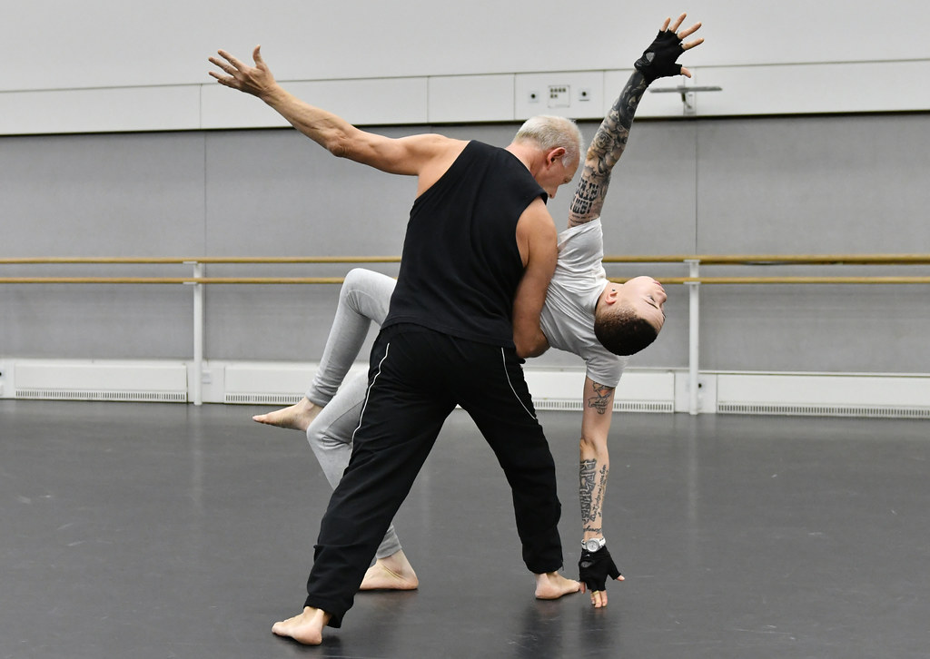 Participants of Monday Moves, ballet classes for blind and visually impaired people ? 2016 ROH. Photo by Brian Slater.