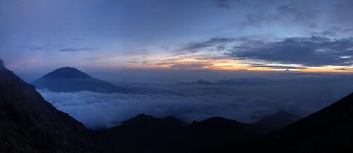 sunrise indonesia java hiking merapi